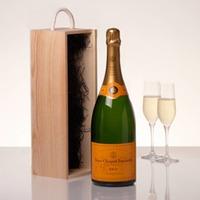Veuve Clicqout Champagne Brut Mathusalem in kist